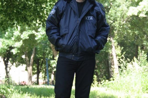 Търся работа като невъоръжена охрана